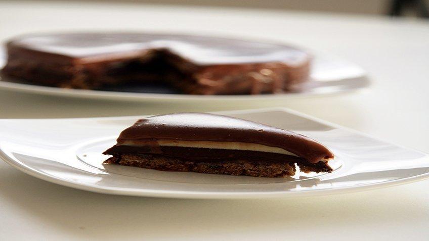 Τάρτα τριπλής σοκολάτας