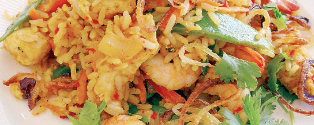Τηγανητό ρύζι με κοτόπουλο και γαρίδες (Μπαλί