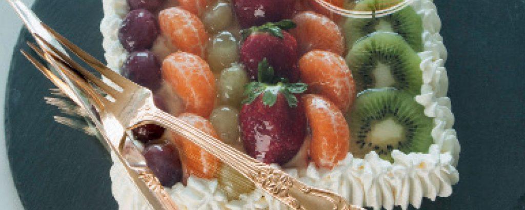 Τούρτα Fresh (λευκή με φρούτα)