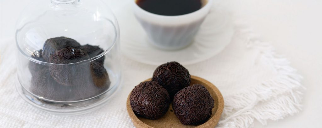 Τρούφες με καφέ